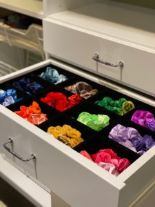 organize scrunchies tips